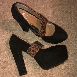 Black heel with leopard straps!